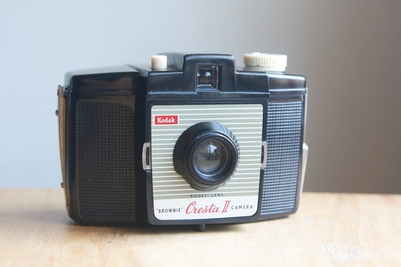 Working Camera, Brownie Cresta II