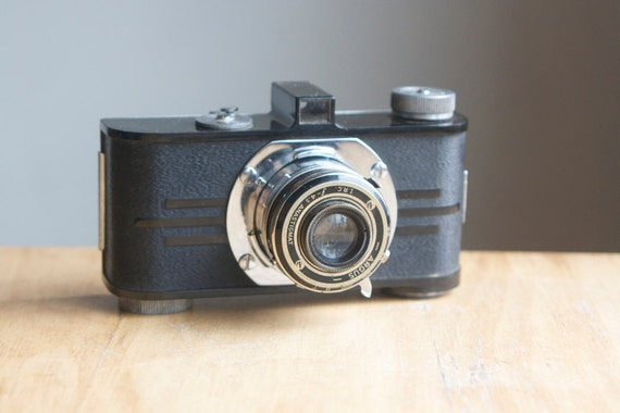 Camera, Argus A with Art Deco Back
