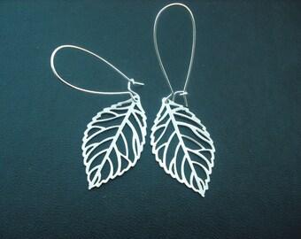 matte silver skeleton leaf earrings - white gold plated