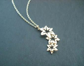 14k Gold Filled chain - triple star flower pendant necklace