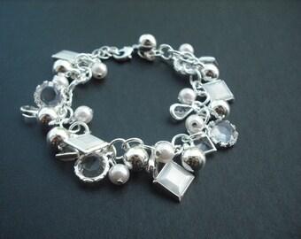 various beads cluster bracelet