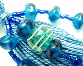 Blue Christmas Beaded Tassel Keyring