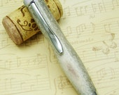 Hand Carved Polaris Pen - Elk Antler