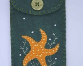 Felt phone case, gadget, i pod cover. Handmade starfish, green