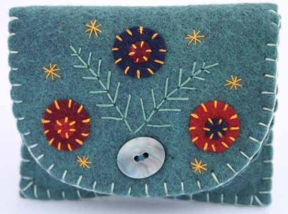 Felt coin purse, Handmade felt change purse, floral felt purse, small felt pouch, wallet, jewellery bag. blue purse, embroidered coin purse.