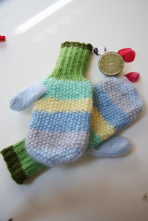 Green women mittens, winter mittens, cute green gloves