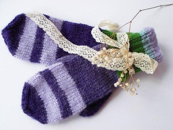 Purple autumn gloves, knit women gloves, cute mittens