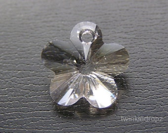 8 pcs Clear CRYSTAL Swarovski Faceted Flower Pendant Beads 6744 12mm Wholesale Destash
