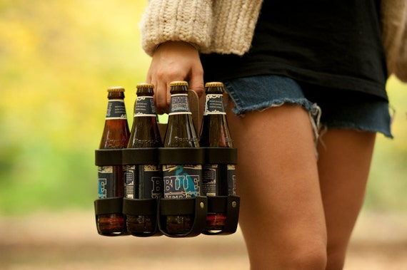 "The ""Spartan Carton"" - Leather 6-Pack Beer Carrier"