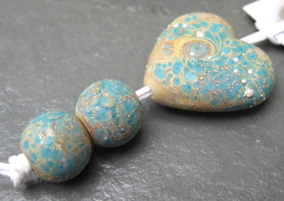 Kaz Baildon Lampwork Bead Set - Greek Treasures Heart - SRA UK FH