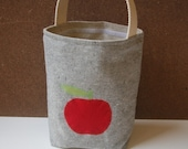 Organic Lunch Tote with Apple