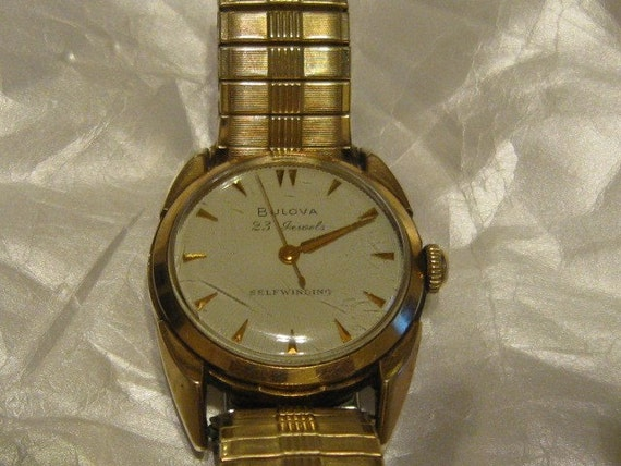 Vintage Bulova 23 Jewel Self Winding Wrist Watch