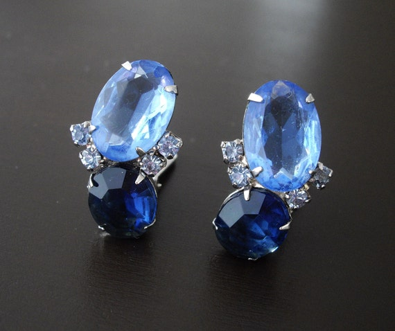 Vintage Blue Rhinestone Earrings