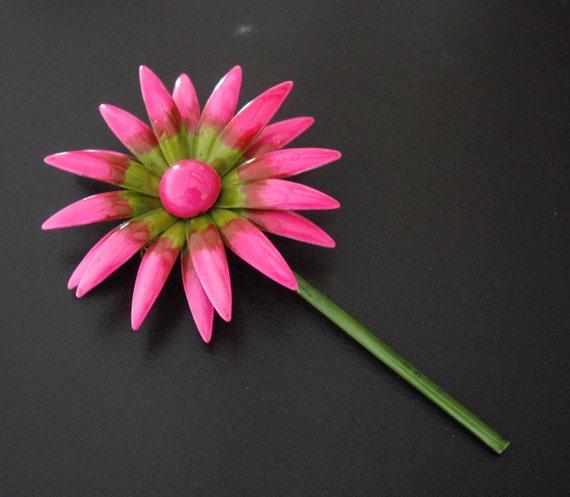 Vintage Pink Flower Brooch-Pink Brooch-Enameled Brooch-Flower Brooch