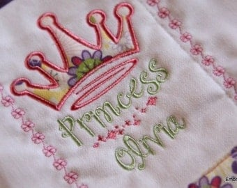 Princess Crown Applique - Instant Email Delivery Download Machine embroidery design