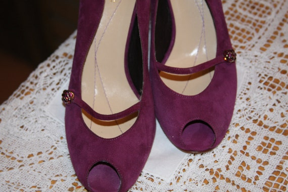 Grape Suede Shoes 3 1/5 Heal 6B Never Used   Made in Italy