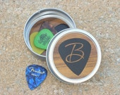 Guitar Pick Holder - round tin with woodgrain and black pick design - personalized