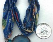 Bottlecap necklace - Blue Paper Lanterns