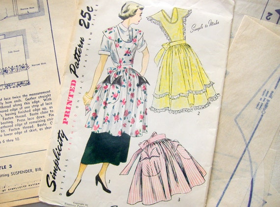 Vintage Simplicity Apron Pattern 3021 . . . one size