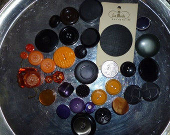 SALE Nice Selection Of Vintage Buttons Purple,Black And Orange