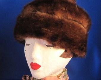 Chestnut Three Tier Mink Hat