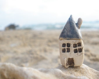 Miniature house Beach cottage in a color of your choice Ceramic houses Home decoration Collection Little house