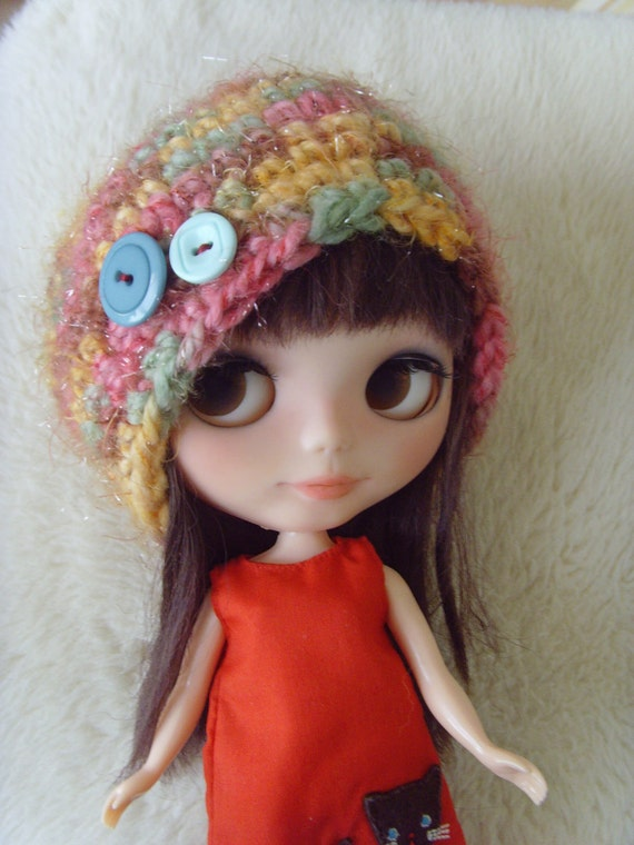 Blythe hobo beanie hat multicolor buttons