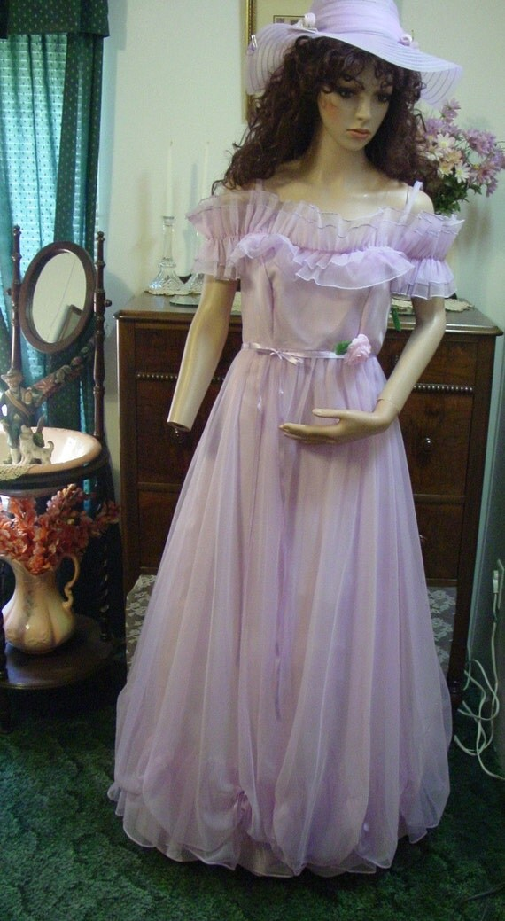Clearance Vintage Orchid Lady Formal Gown