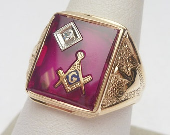 10kt Masonic Red Synthetic Stone and Diamond Mens Ring
