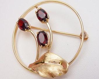 14kt Garnet Flower Circle Brooch