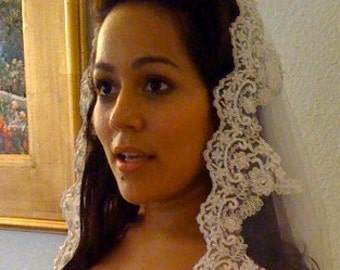 Bridal Lace Veil Mantilla in ivory, white, champagne with beaded lace and silver thread, inspired from Spain