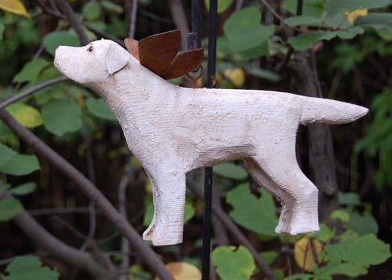 carved yellow lab