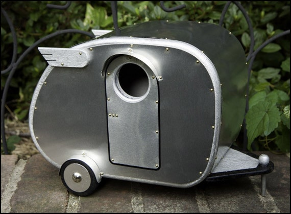 Reserved Item Vintage Camper Birdhouse By Jumahl On Etsy