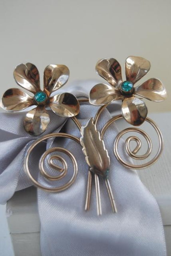 Vintage 1940's Brooch with Stylized  Flowers and Leaves Aqua Blue Stones