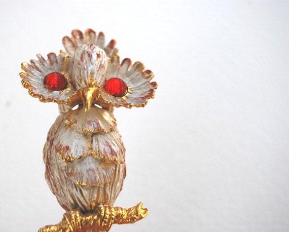 Vintage Unique 1970's White Enameled Figural Owl Brooch