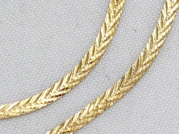 14k Yellow Gold Chevron Diamond Cut Herringbone Link Chain