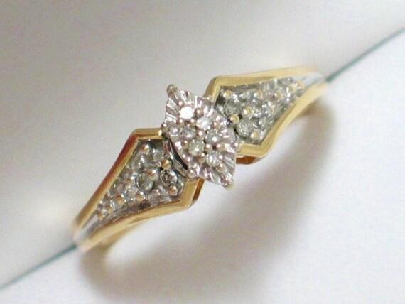 Marquise Illusion cluster setting diamond ring band 10k yellow / white gold sz size 7
