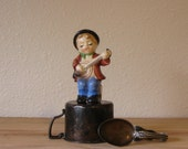 vintage banjo boy salt or pepper shaker
