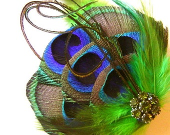 Peacock Hair Fascinator Emerald AFFECTION Perfect for a Fall Bride or Bridesmaids Rhinestone and Feathers