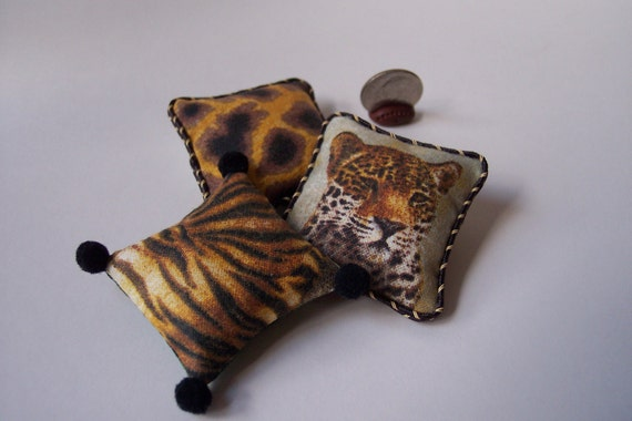 OoaK Dollhouse Miniature Safari  Giraffe Leopard  Pillows
