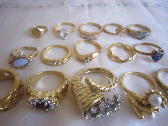Vintage Set Lot of 15 Gold Rings Ready to Wear or Resale