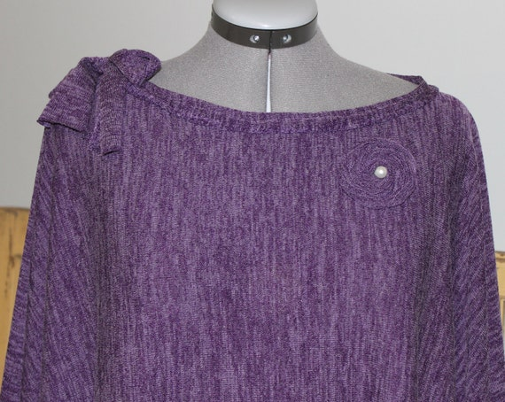 Sweater knit poncho Heathered purple lightweight boat neck with tie sash and rolled rosette with pearl brooch