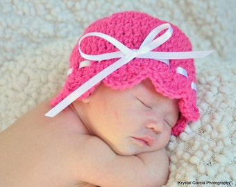 10.00 SALE!!--NB-3M Pink Baby Beanie with White Ribbon