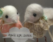 Reserved for ipekerdogen. Custom Color Needle Felted Love Birds.