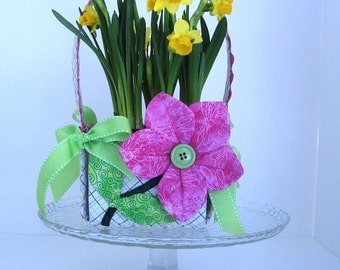 Square Handle Basket PATTERN - Easter or Spring, Ruffles or Flowers, Handle Detaches - Folds Flat