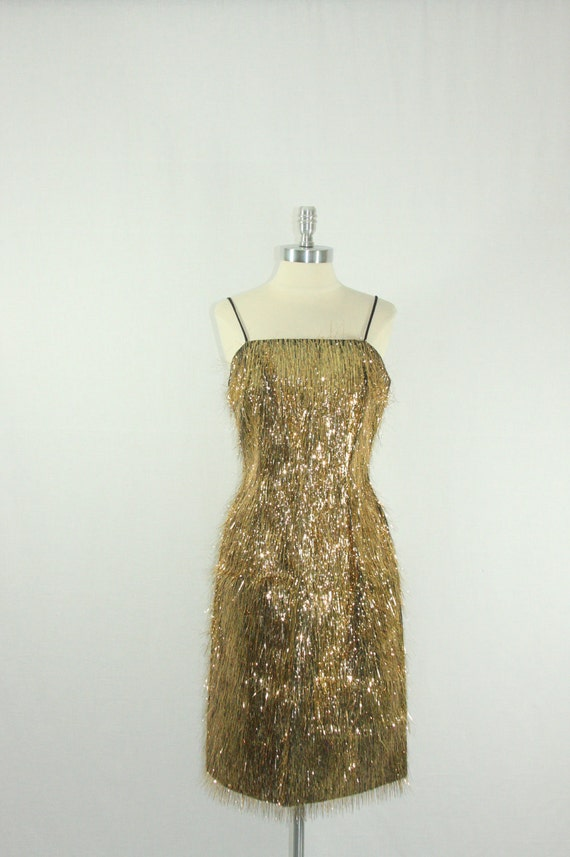 1950's BOMBSHELL vlv Dress - GOLD Lurex Fringe Head Turning Hourglass Cocktail Party Wiggle Frock