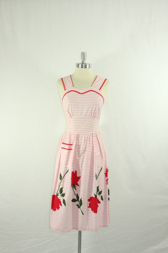 1950s Cotton Dress - Pink and White Stripes with Large RED ROSES Border Print Spring Dress
