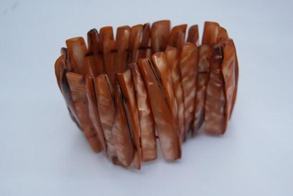 1980s Orange Abalone Shell Elastic Bracelet