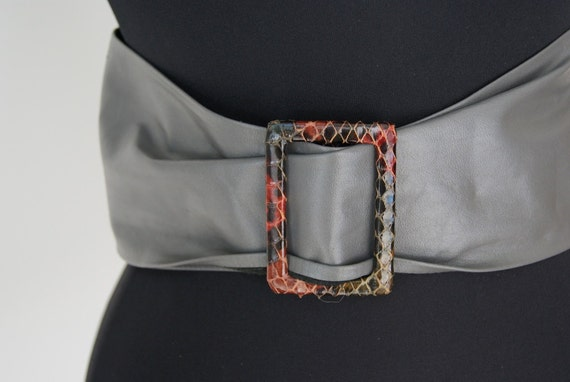 Extra wide 80s Leather Belt with Snakeskin buckle