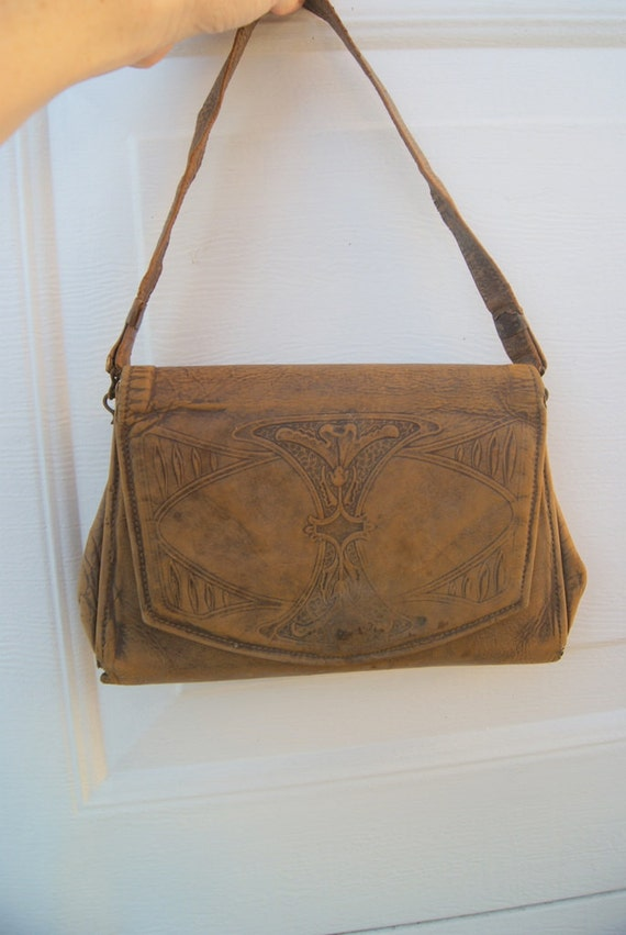 Vintage Art Nouveau Edwardian HAndtooled Leather HAndbag Early 1900's